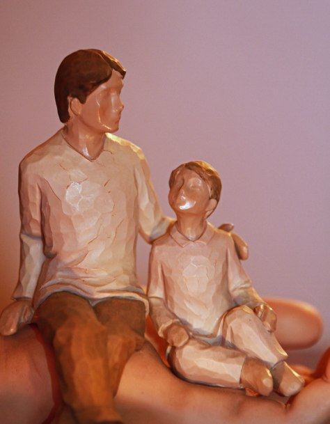 Dad and Son Statue